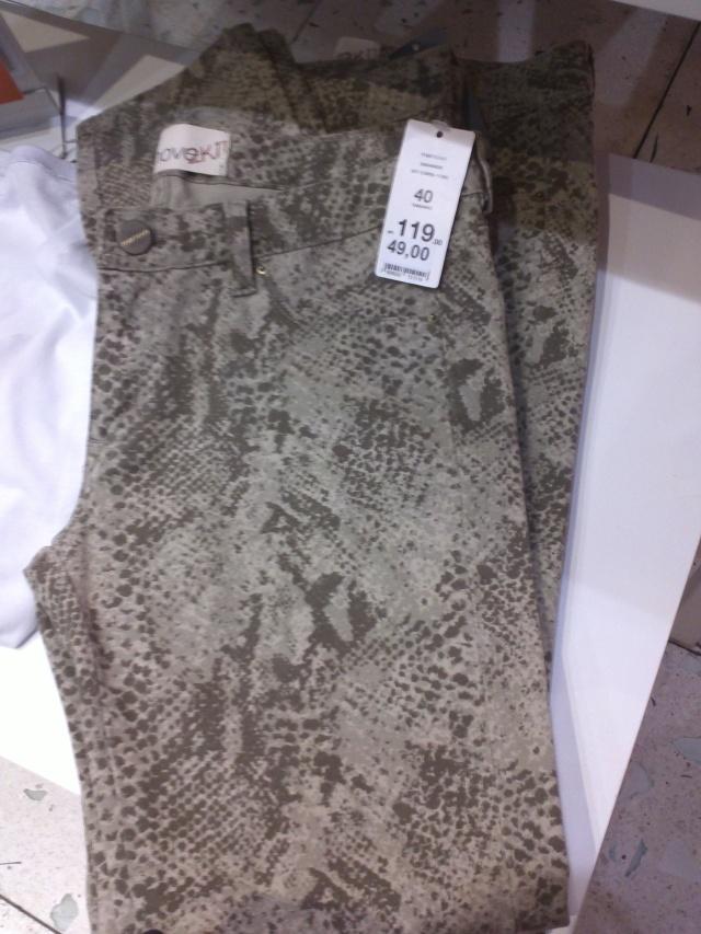 Calça Snake Print por R$ 49,00! Só tinha tamanho 40!