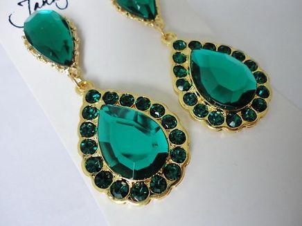 brinco-com-swarovski-e-pedra-verde-esmer_1319559827413_BIG